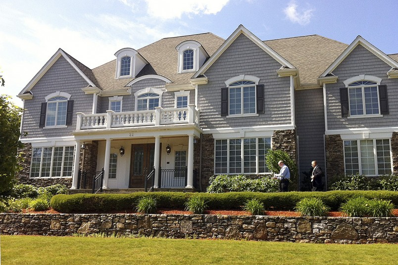 former New England Patriots tight end Aaron Hernandez Home Up for Sale