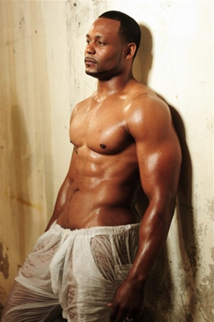 chocolate hunks muscled black