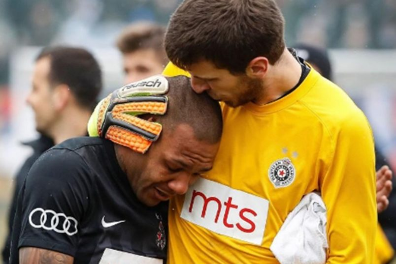Soccer player Everton Luiz Leaves Field in Tears Over Racism