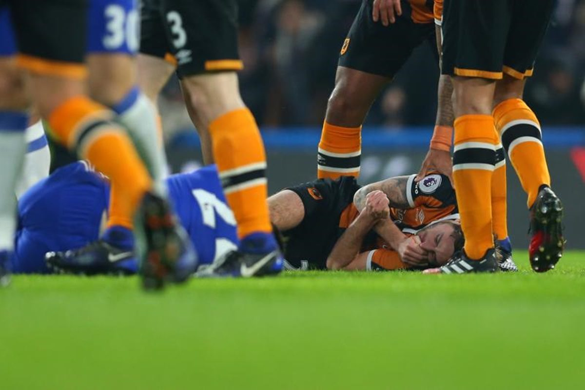 Hull City midfielder Ryan Mason 'Lucky to be Alive'