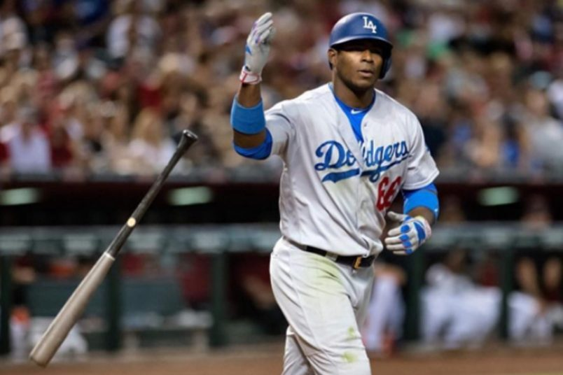 Yasiel Puig Gives Hecklers Double Middle-finger Salute