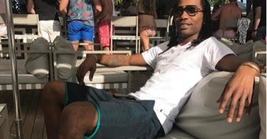 Asante Samuel DRAGS Chris Chambers For Marrying A Stripper