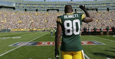 Martellus Bennett Gets Cut by Green Bay Packers
