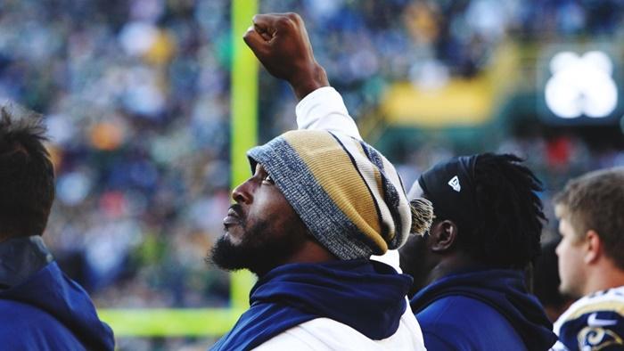 Are NFL Fans Backing Off Over Unfair Treatment Kaepernick?