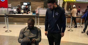"""Ex-Eagles Brian Westbrook Writes """"Dallas Sucks"""" On Cowboys Fan Hat"""