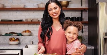 Step Curry Wife Ayesha Curry Being HATED on in Houston