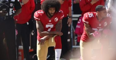 Colin Kaepernick Releases Powerful Message to 1st NFL Players Kneeling