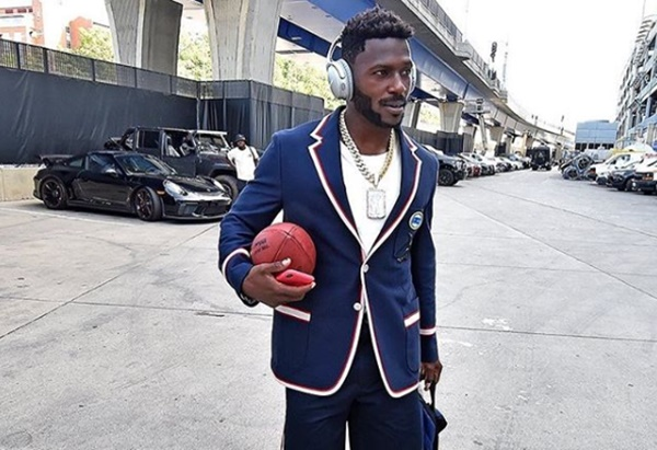 Antonio Brown Sued By Father of a 22-month-old Toddler