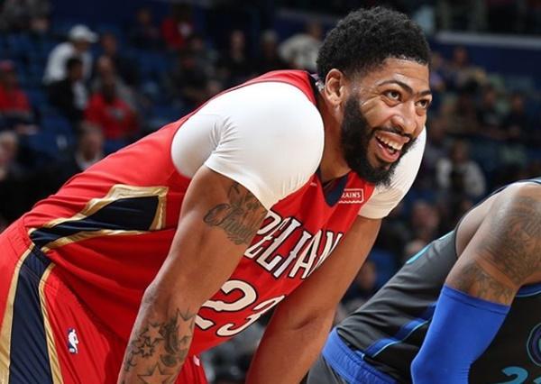 Pelicans Release Statement Regarding Anthony Davis' Trade Request; Lonzo Ball Threatens Trade