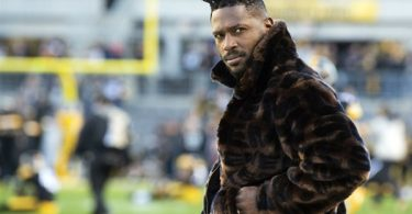 Antonio Brown Settles Furniture Throwing Lawsuit