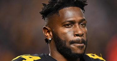 Antonio Brown Returns To Pittsburgh For Court Hearing