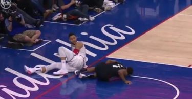 Ben Simmons Elbows Kyle Lowry in Family Jewels