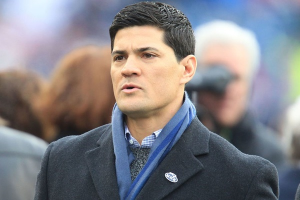 "Ex Patriots LB Tedy Bruschi ""Recovering Well"" After Suffering a Stroke"