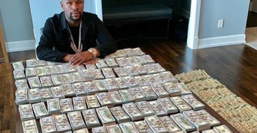 Floyd Mayweather CLAPS BACK at Haters