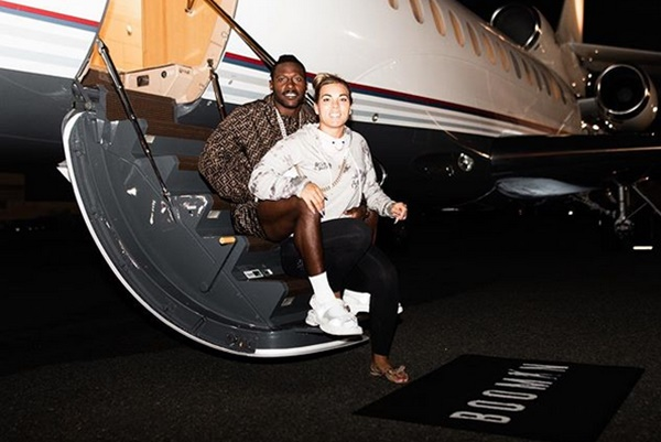 """Antonio Brown DONE With """"White Women"""""""