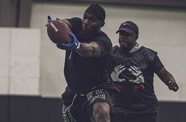 Dez Bryant Teases He May Sign With The New England Patriots