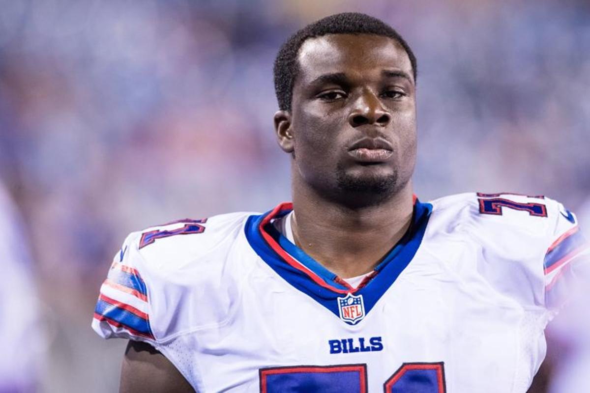 """Buffalo Bills OT Cyrus Kouandjio Found Barely Clothed Yelling """"Shoot Me"""""""