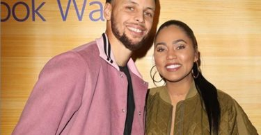 """Steph Curry Wife Ayesha Curry """"Worried A Groupie Will Steal"""" Him"""