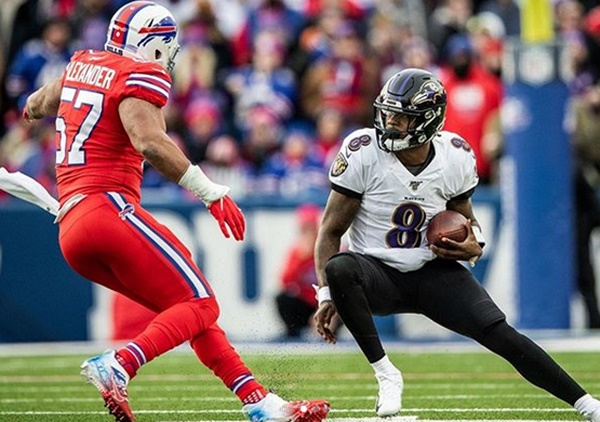 Lamar Jackson Suffered Quad Injury Against The Bills