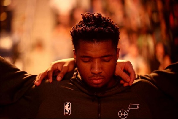 """Donovan Mitchell Has Important Message to Fans """"Be Proactive About COVID-19"""""""