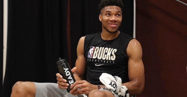 Giannis Antetokounmpo Hints He Wants To Join Lakers