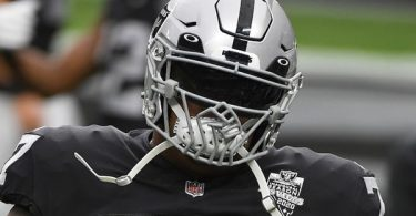 Raiders Lineman Trent Brown ROCKS Black Lives Matter Facemask