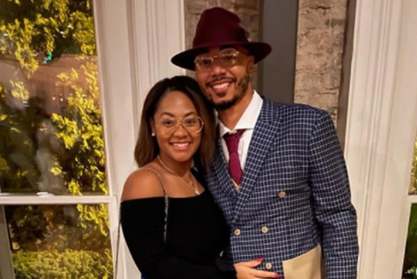 Dodgers Mookie Betts Gets Engaged