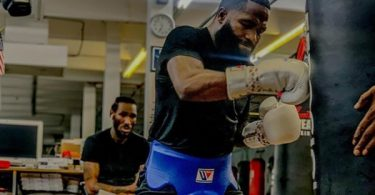 """Adrian Broner FIRES BACK At Haters """"Eat A D--k"""" With """"Gravy On It"""""""