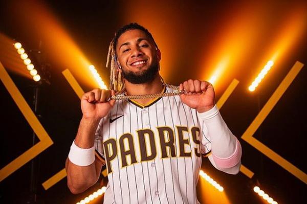 Fernando Tatis Jr. Massive 14-year Deal To Padres Unlike Any MLB Deal
