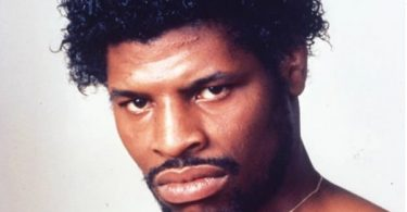 Leon Spinks Former Heavyweight Dead at 67