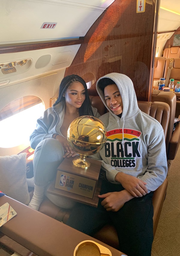 "Anfernee Simons' Girlfriend Dubbed ""Gold Digger"" By Blazers Fans"