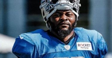 Lions LB Jamie Collins Restructures Contract to Create Cap Room