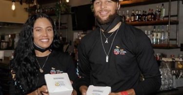 """Steph Curry """"Humbled and Inspired"""" By Oakland Community"""