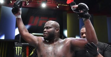 UFC Fighter Derrick Lewis KOs Robber Trying To Steal His Car