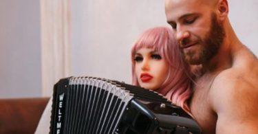 Bodybuilder Yuri Tolochko Ready For Real Woman Since He Broke His Sex Doll Wife