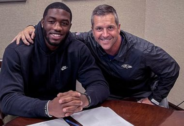 Jayson Oweh Officially Signed With Ravens