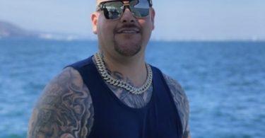 Andy Ruiz Gets Full Backside Tattoo